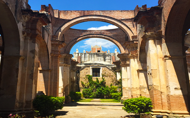 things to do in Antigua Guatemala - ruins
