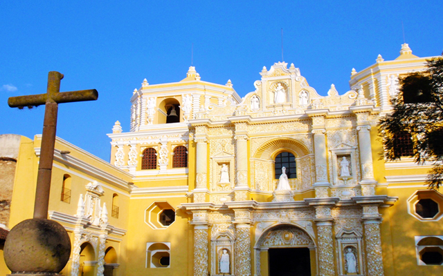 things to do in Antigua Guatemala - churches