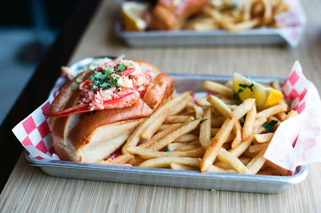 Enjoy a lobster roll in Boston is one of the things to do in Boston